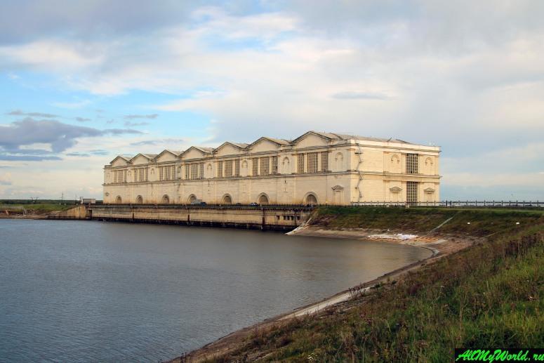 Достопримечательности Рыбинска: основное здание Рыбинской ГЭС
