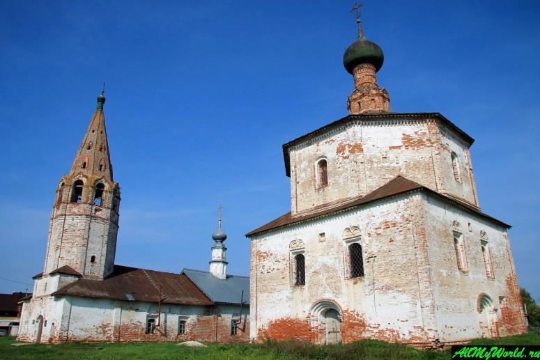 Достопримечательности Суздаля - Козьмодемьянская и Крестовоздвиженская церкви