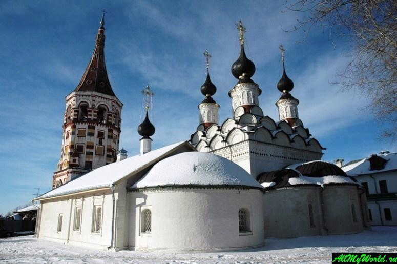 Достопримечательности Суздаля - Лазаревская и Антипиевская церкви