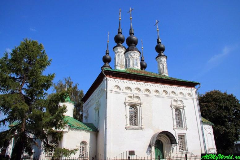 Достопримечательности Суздаля - Цареконстантиновская и Скорбященская церкви