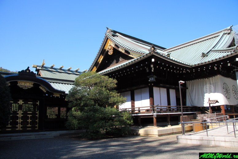 Достопримечательности Токио: святилище Ясукуни-дзиндзя
