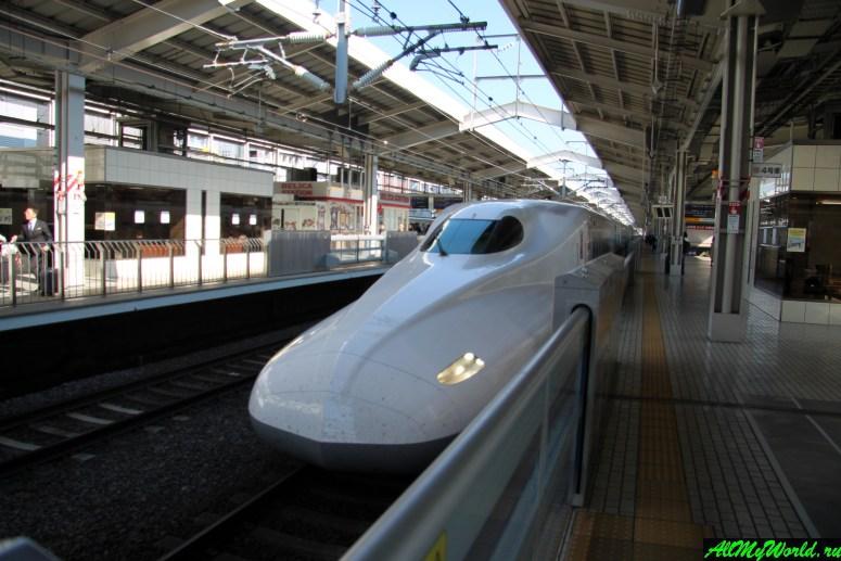 Достопримечательности Токио: вокзал Синдзюку