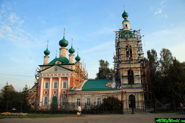 Достопримечательности Углича: церковь Царевича Димитрия на поле