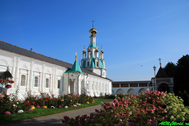 Достопримечательности Ярославля: Свято-Введенский Толгский монастырь