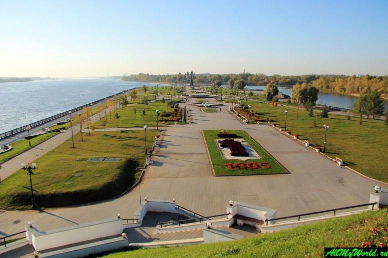 Достопримечательности Ярославля: парк на стрелке Волги и Которосли