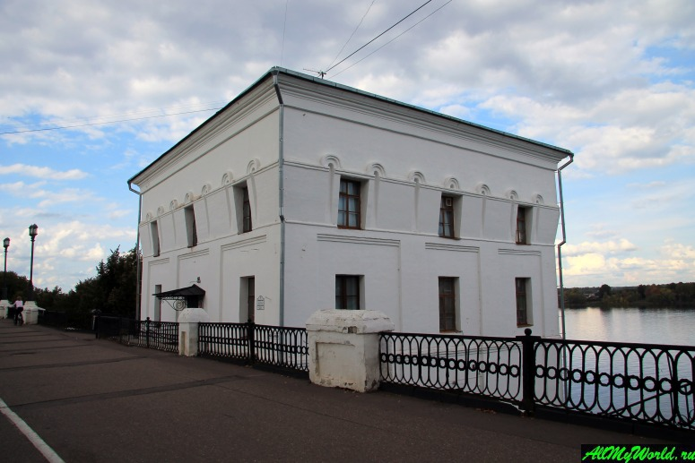 Достопримечательности Ярославля: Волжская (Арсенальная) крепостная башня
