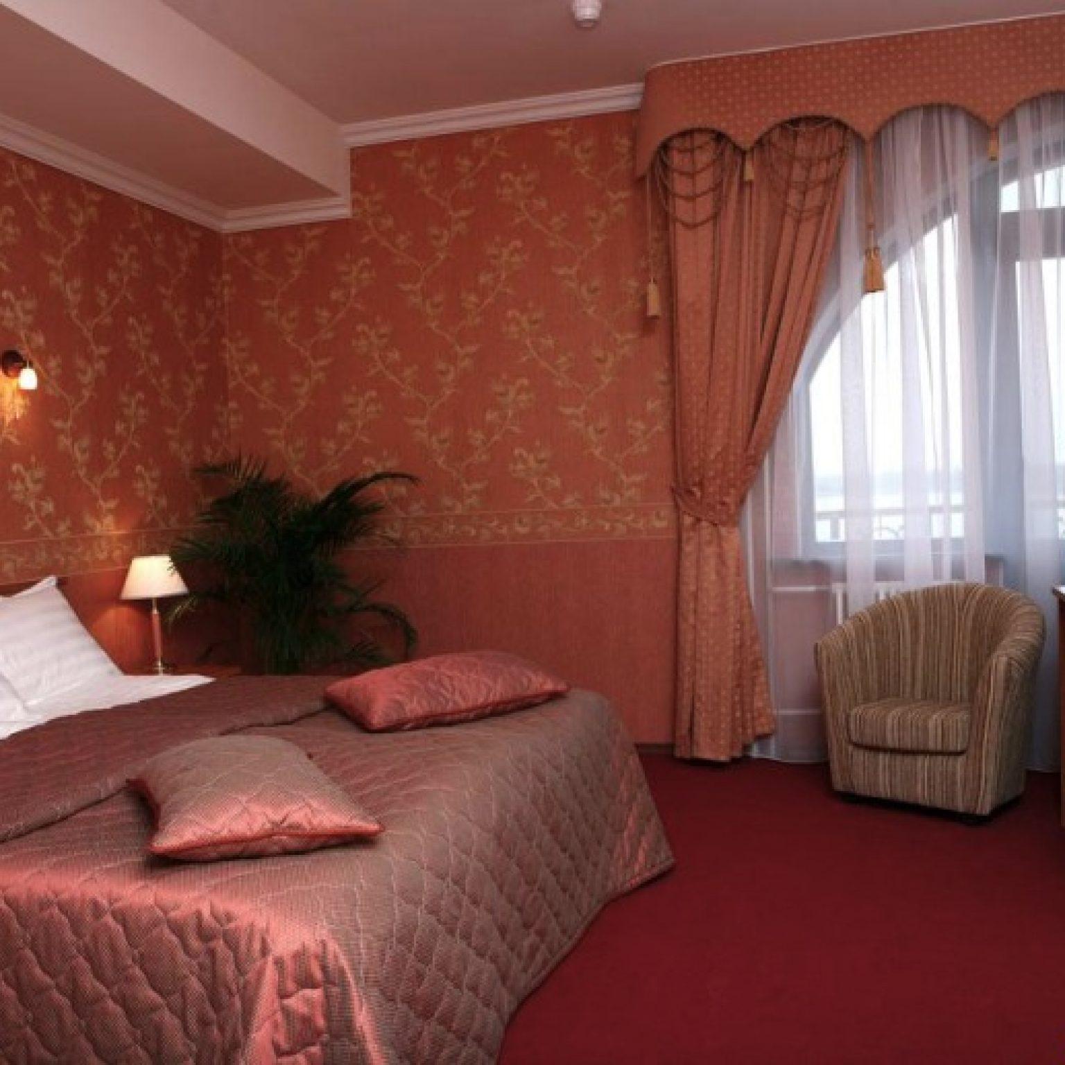 Где остановиться в Угличе: AZIMUT Отель Углич