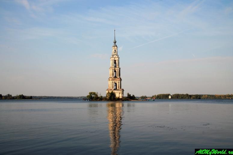 Достопримечательности Калязина - Калязинская колокольня (колокольня Никольского монастыря)