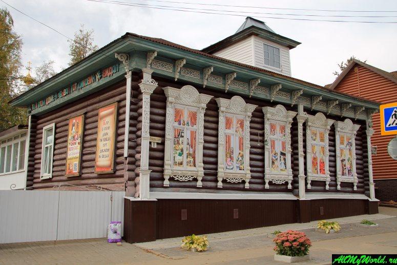 Достопримечательности Мышкина - Музей-галерея кукол