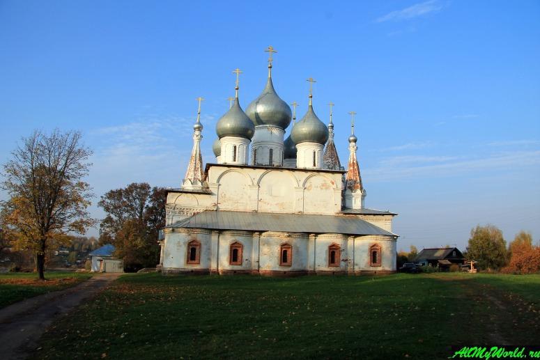 Достопримечательности Тутаева: Крестовоздвиженский собор