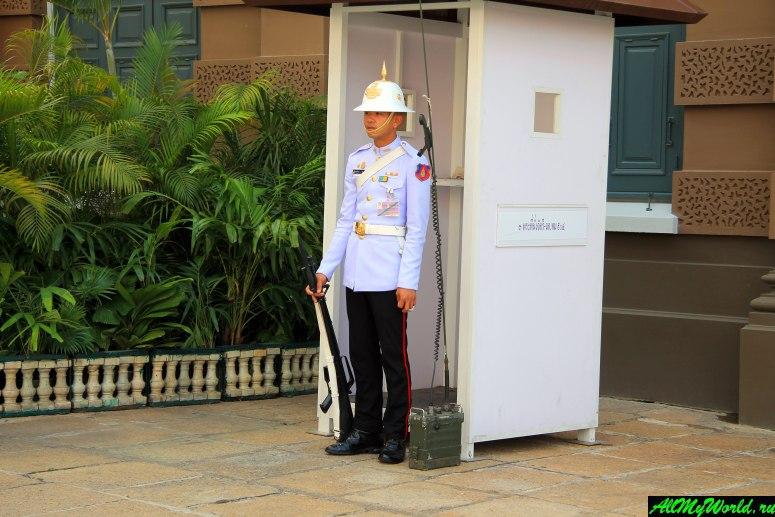 Большой королевский дворец и ват Пхра Кео в Бангкоке