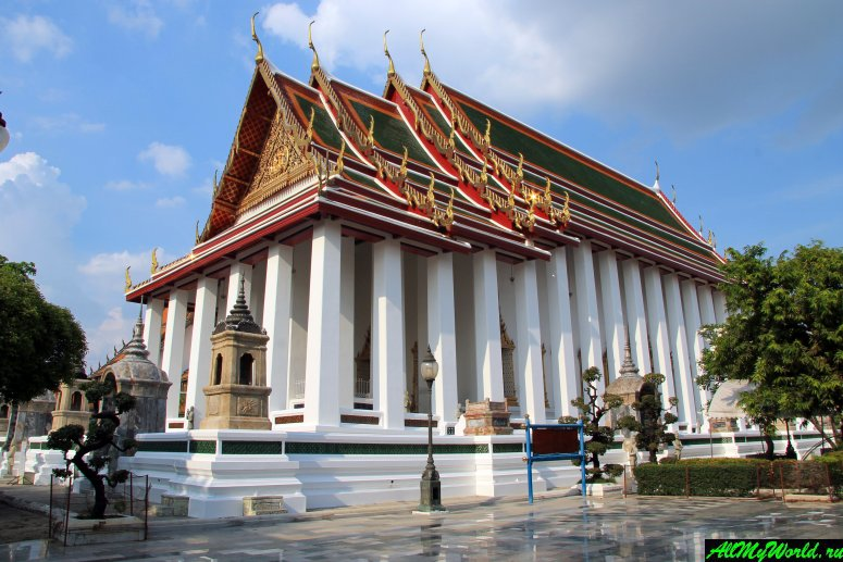 Достопримечательности Бангкока - Ват Сутхат