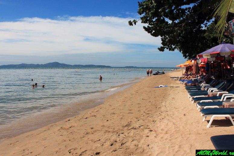 Пратамнак, Паттайя: пляж и прилегающий к нему район города