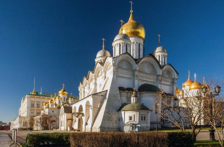 Достопримечательности Московского Кремля и Красной площади - Архангельский собор
