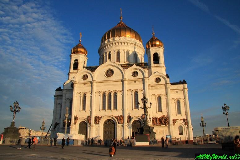 Достопримечательности Москвы: Храм Христа Спасителя
