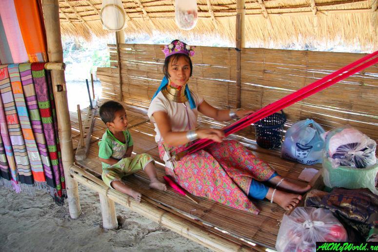 Достопримечательности в окрестностях Чианграя: Деревня длинношеих