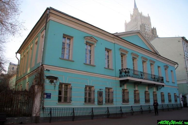 Прогулки по Москве: Арбат, мемориальная квартира А.С.Пушкина