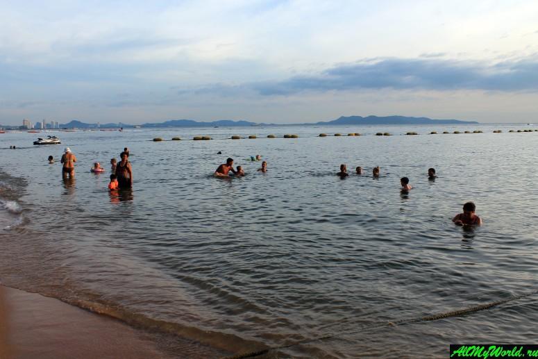 Пляж Джомтьен в Паттайе, Таиланд