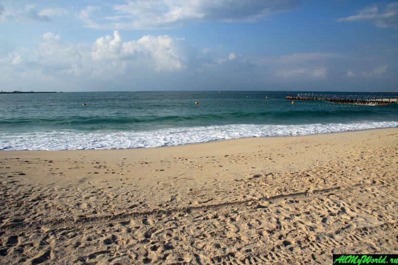 Лучшие бесплатные пляжи Дубая - Пляж Меркато (Mercato Beach)