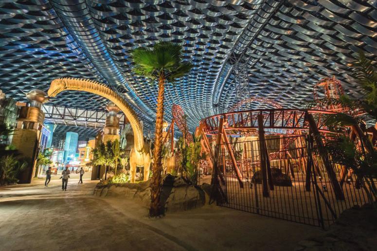 Достопримечательности Дубая - Парк развлечений IMG Worlds of Adventure