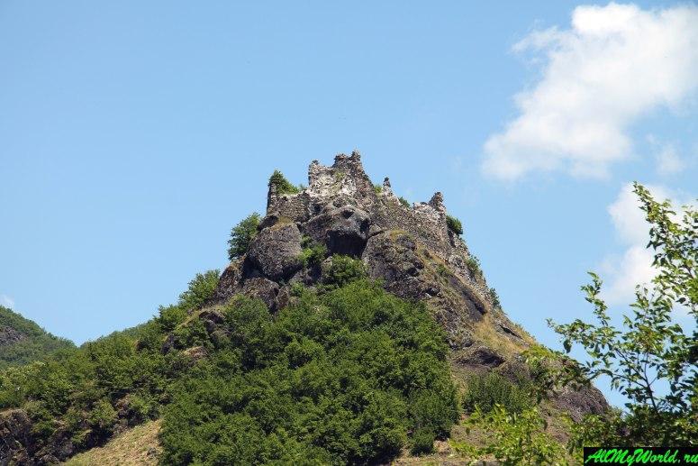 Грузия, Рача - руины крепости Миндацихе