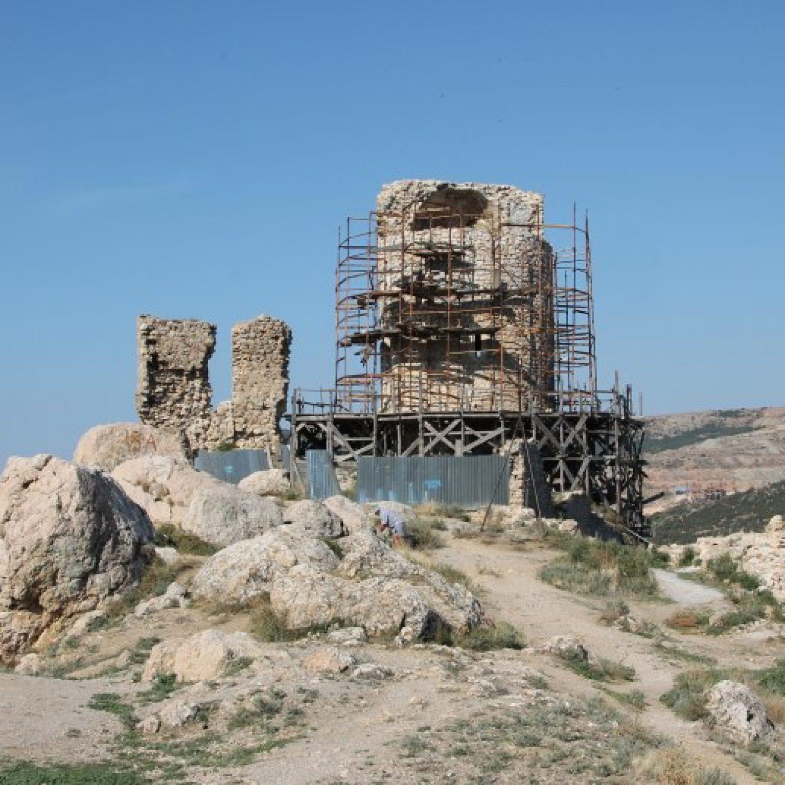 Достопримечательности Севастополя - Генуэзская крепость Чембало в Балаклаве