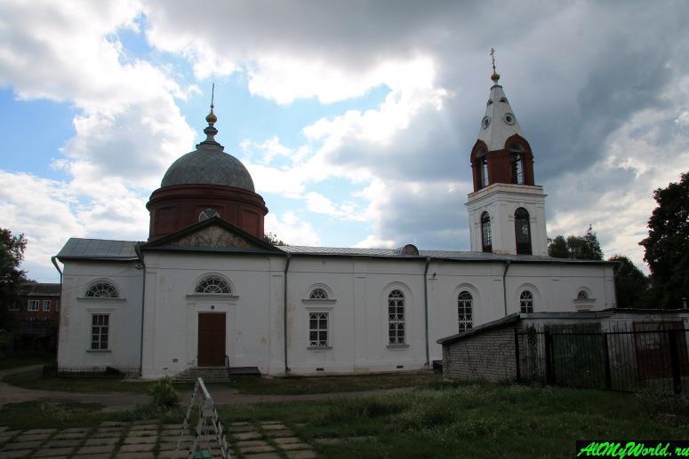 Гусь Хрустальный достопримечательности: Свято-Троицкая церковь