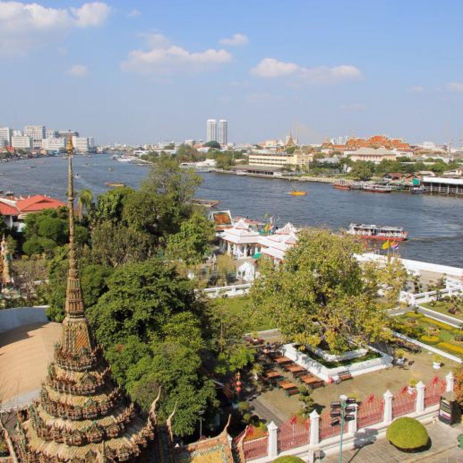 Attractions in Bangkok: Chao Phraya river