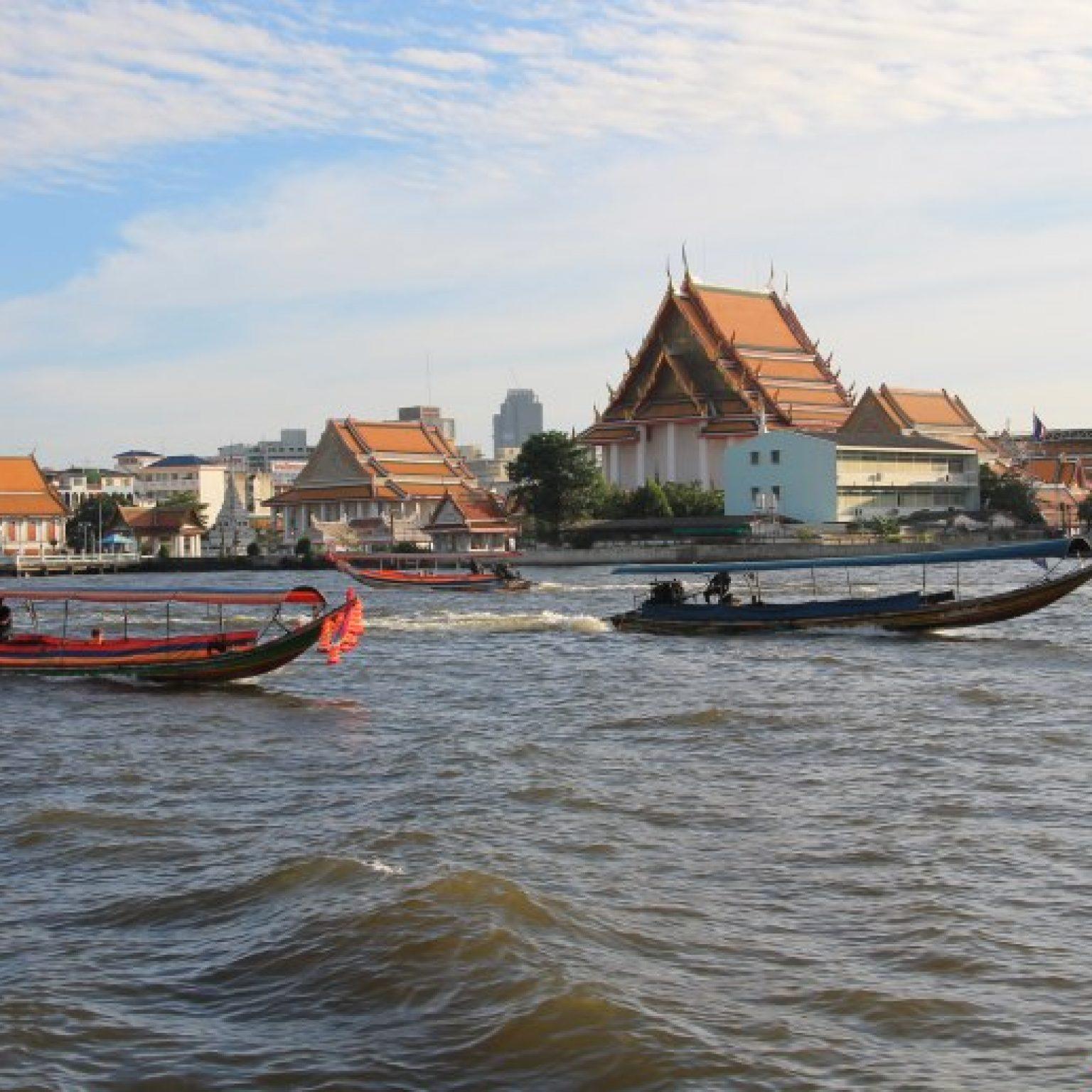 Attractions in Bangkok: Chao Phraya river and Bangkok's klongs