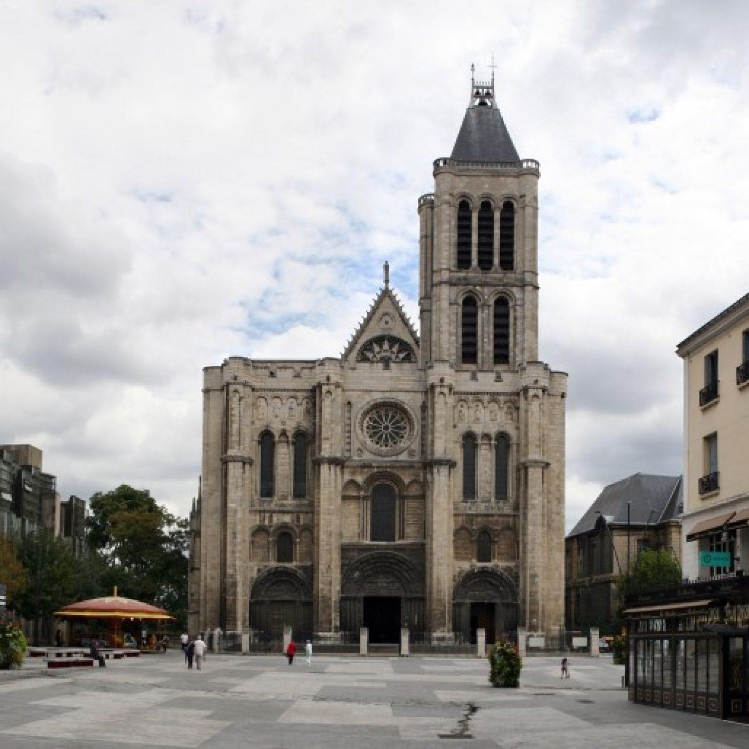 Что посмотреть в окрестностях Парижа: Базилика Сен-Дени