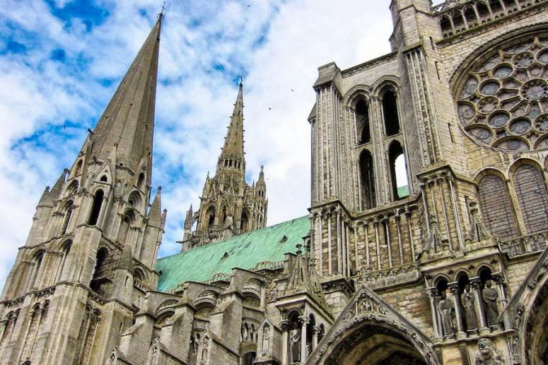 Что посмотреть в окрестностях Парижа: Собор в Шартре