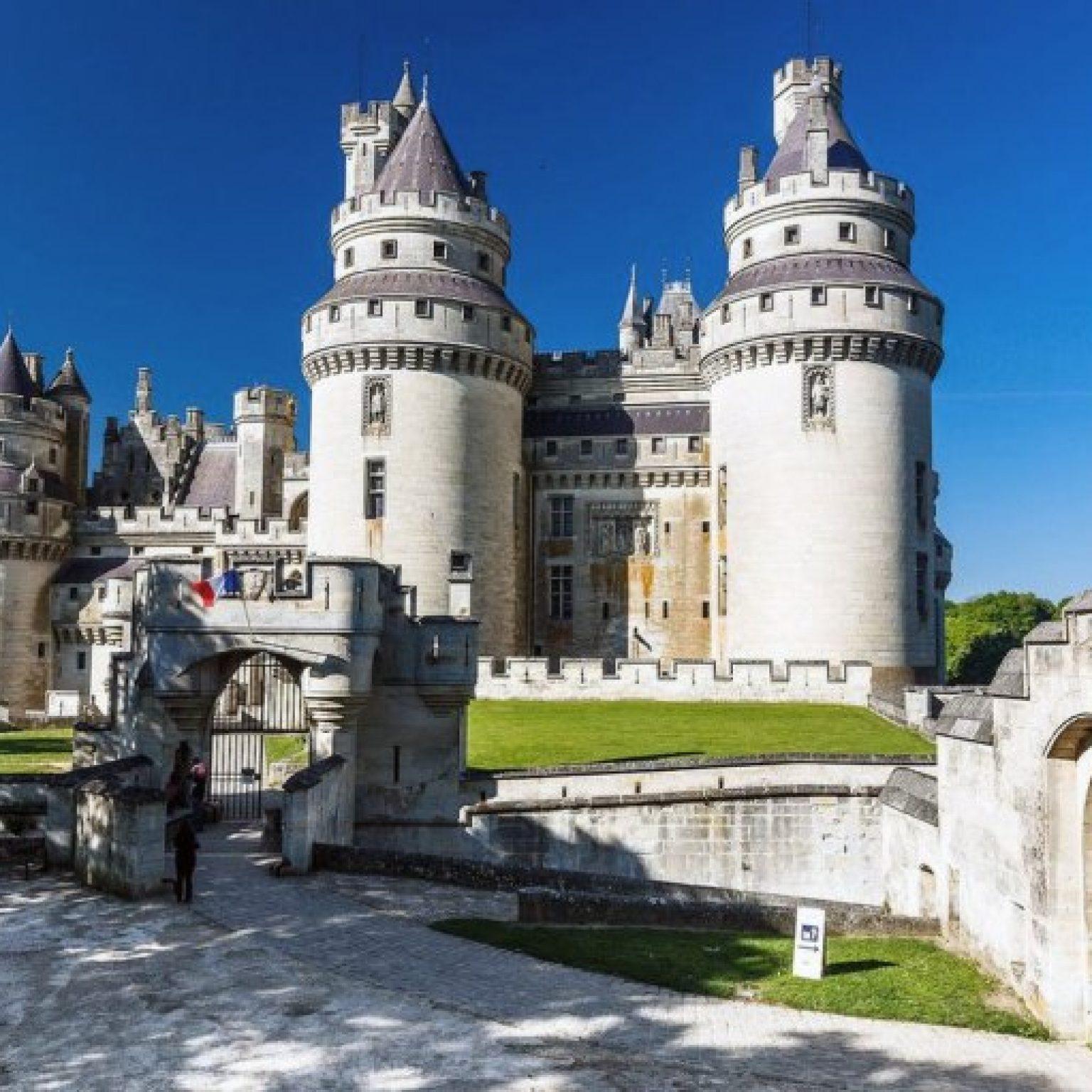 Что посмотреть в окрестностях Парижа: Замок Пьерфон