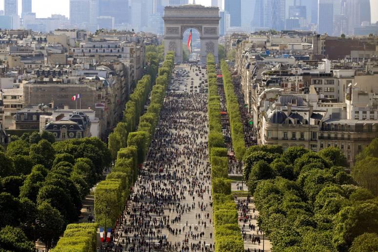 Достопримечательности Парижа: Елисейские поля