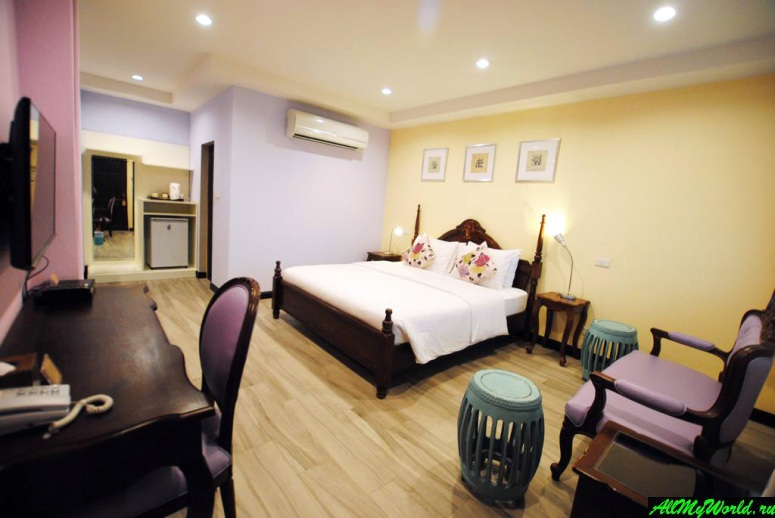 Where to stay in Bangkok: Focal Local Bed & Breakfast***