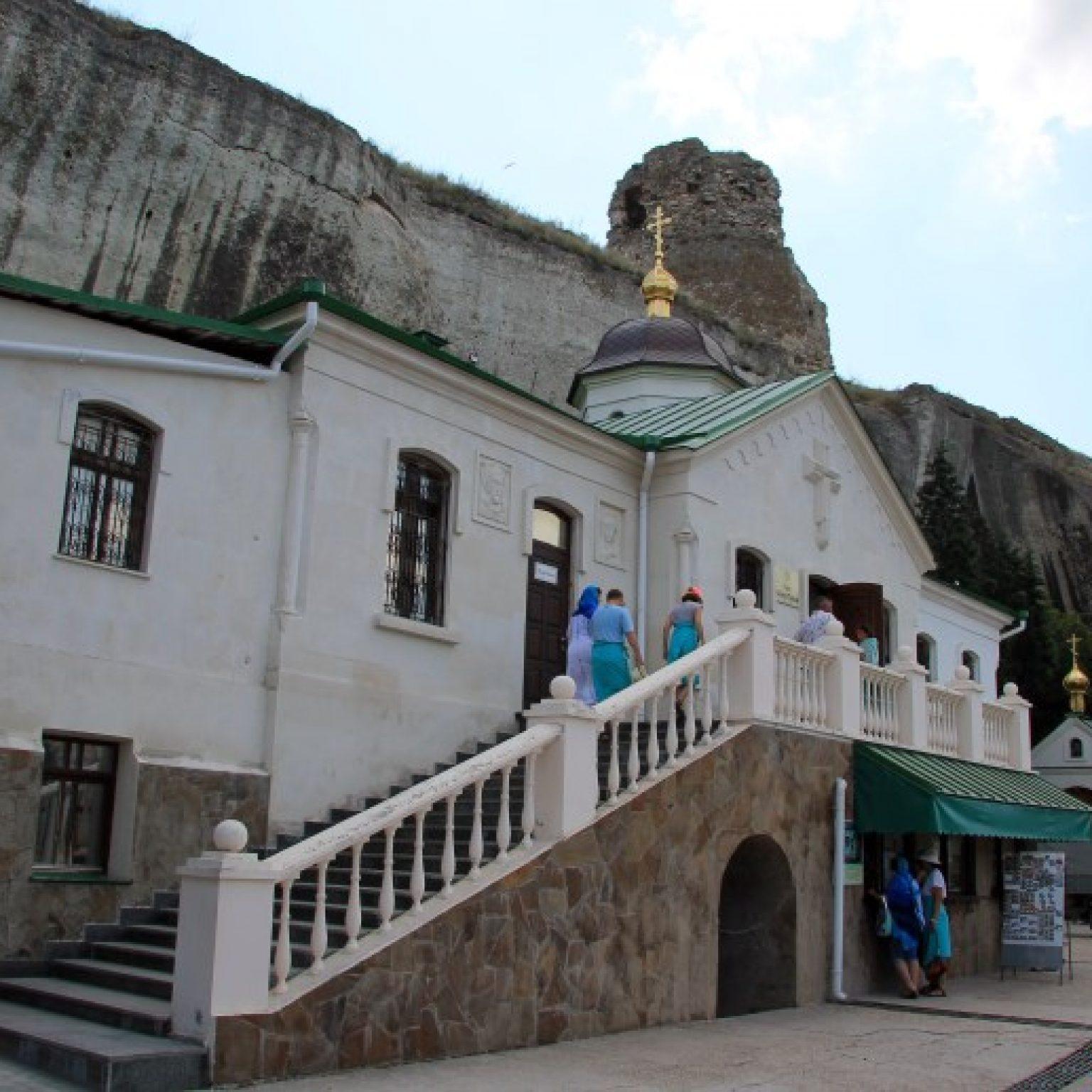 Достопримечательности Крыма - Пещерный Свято-Климентовский Инкерманский монастырь