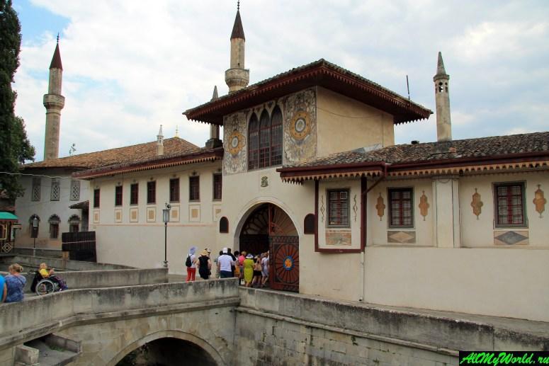 Достопримечательности Крыма - Ханский дворец в Бахчисарае