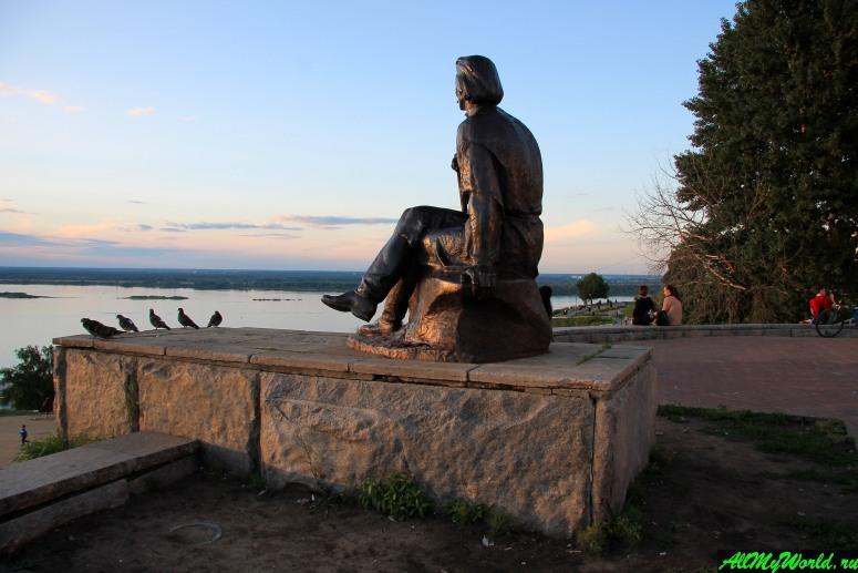 Достопримечательности Нижнего Новгорода: Каскадный парк и памятник Максиму Горькому