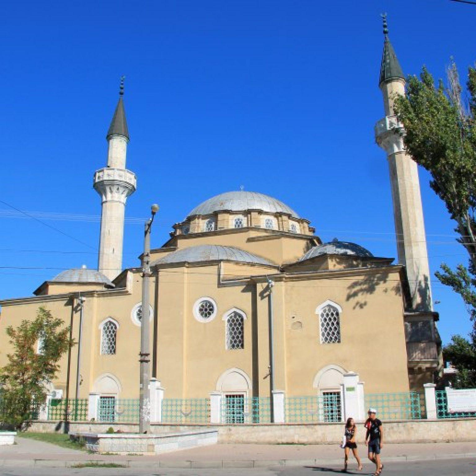 Достопримечательности Евпатории: Мечеть Джума-Джами (Пятничная мечеть)