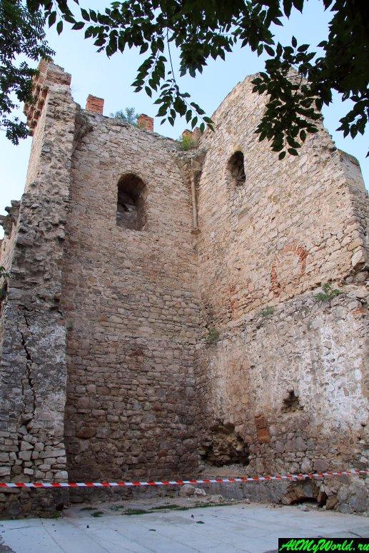 Достопримечательности Феодосии: Башня Святого Константина