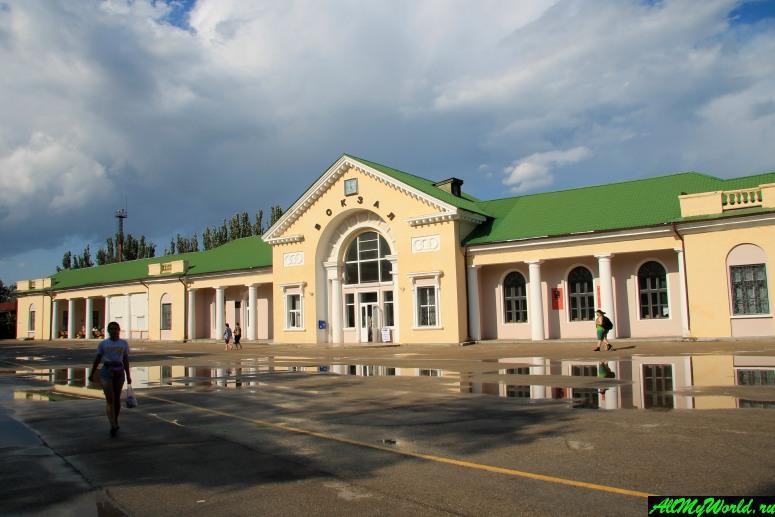 Достопримечательности Феодосии: Феодосийский вокзал
