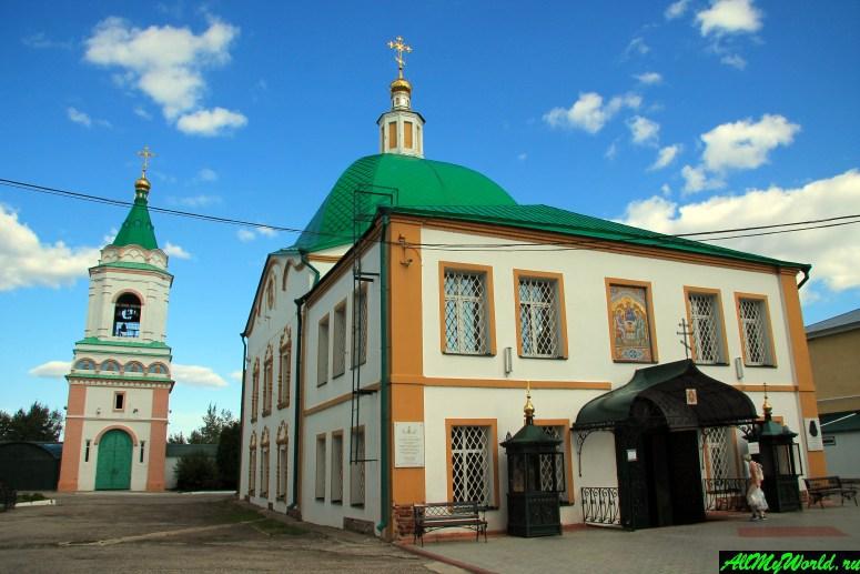 Достопримечательности Чебоксар: Свято-Троицкий монастырь