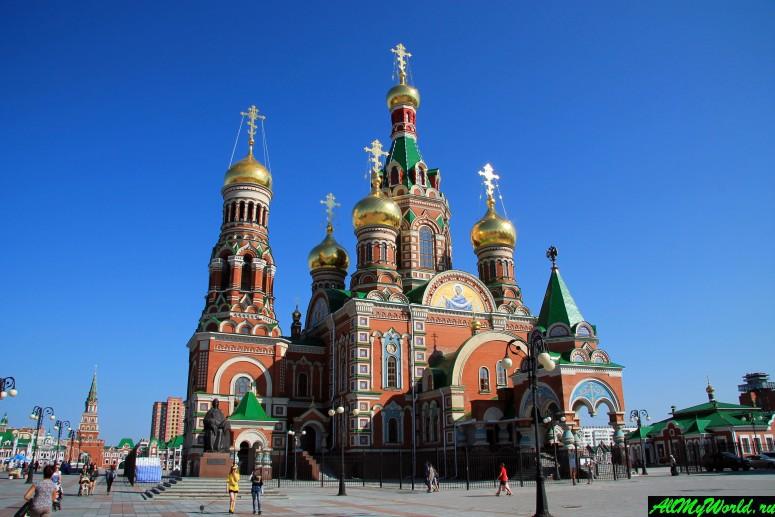 Достопримечательности Йошкар-Олы: Кафедральный собор Благовещения Пресвятой Богородицы