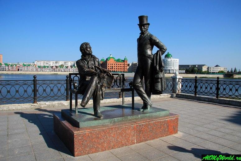 Достопримечательности Йошкар-Олы: Памятник Пушкину и Онегину