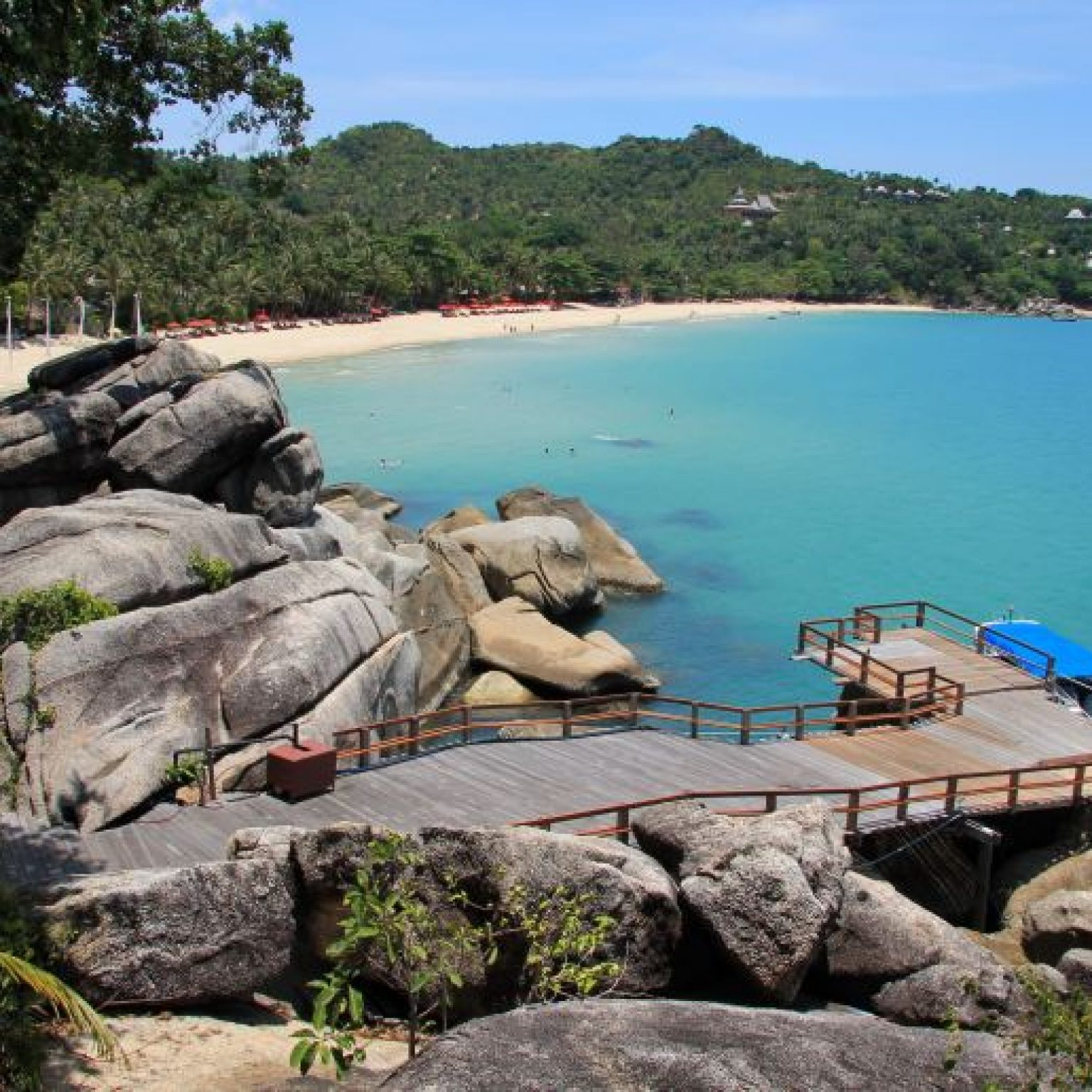 Пляж Тонг Най Пан Ной на Пангане - резорт Panviman Resort Koh Phangan