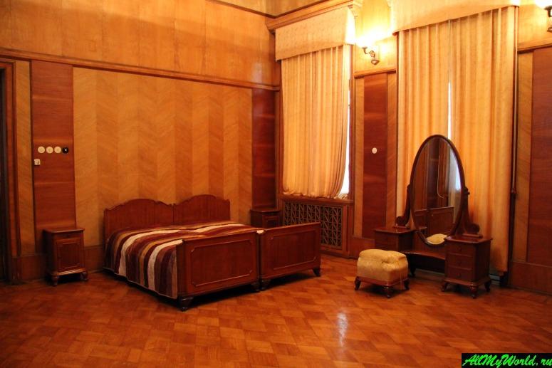 Достопримечательности Абхазии: Дача Сталина на Холодной речке
