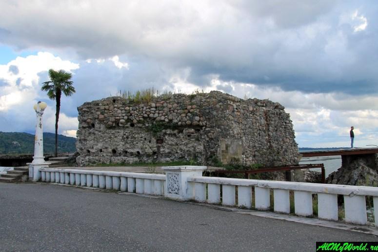 Достопримечательности Абхазии: Крепость Диоскурия