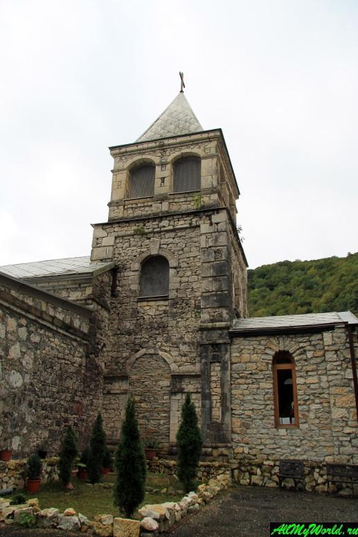 Достопримечательности Абхазии: Каманы