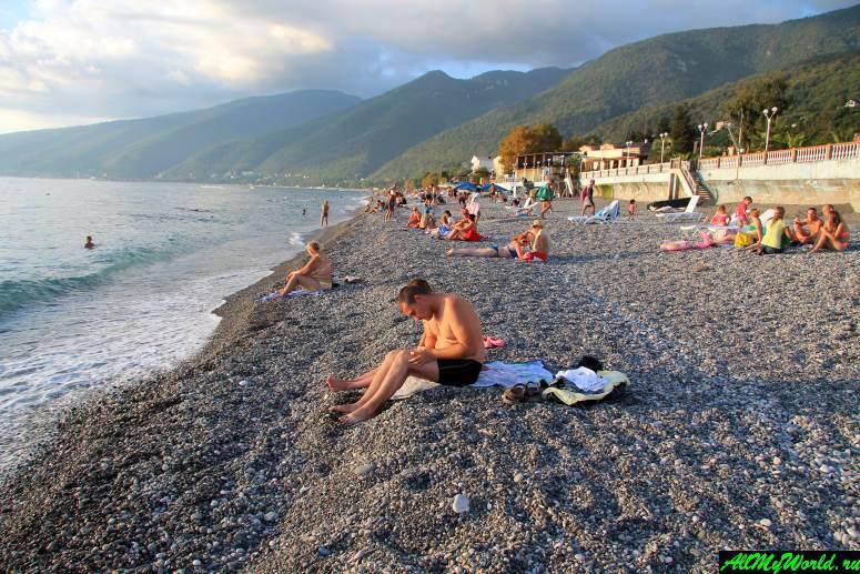 Достопримечательности Абхазии: Пляж Гагры