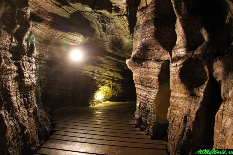 Достопримечательности Сочи и Адлера: Ахштырская пещера