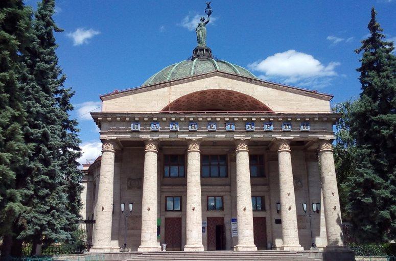 Достопримечательности Поволжья: Волгоградский планетарий